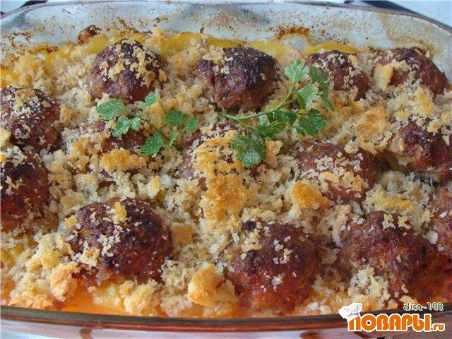Рецепт Картофель запеченный с мясом под сухариками