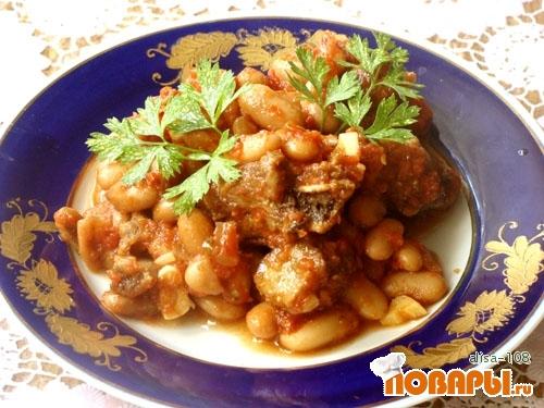 Рецепт Свинина с фасолью в томате
