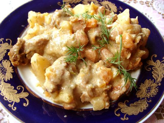 Рецепт Баранина с фасолью и картофелем, в сметане