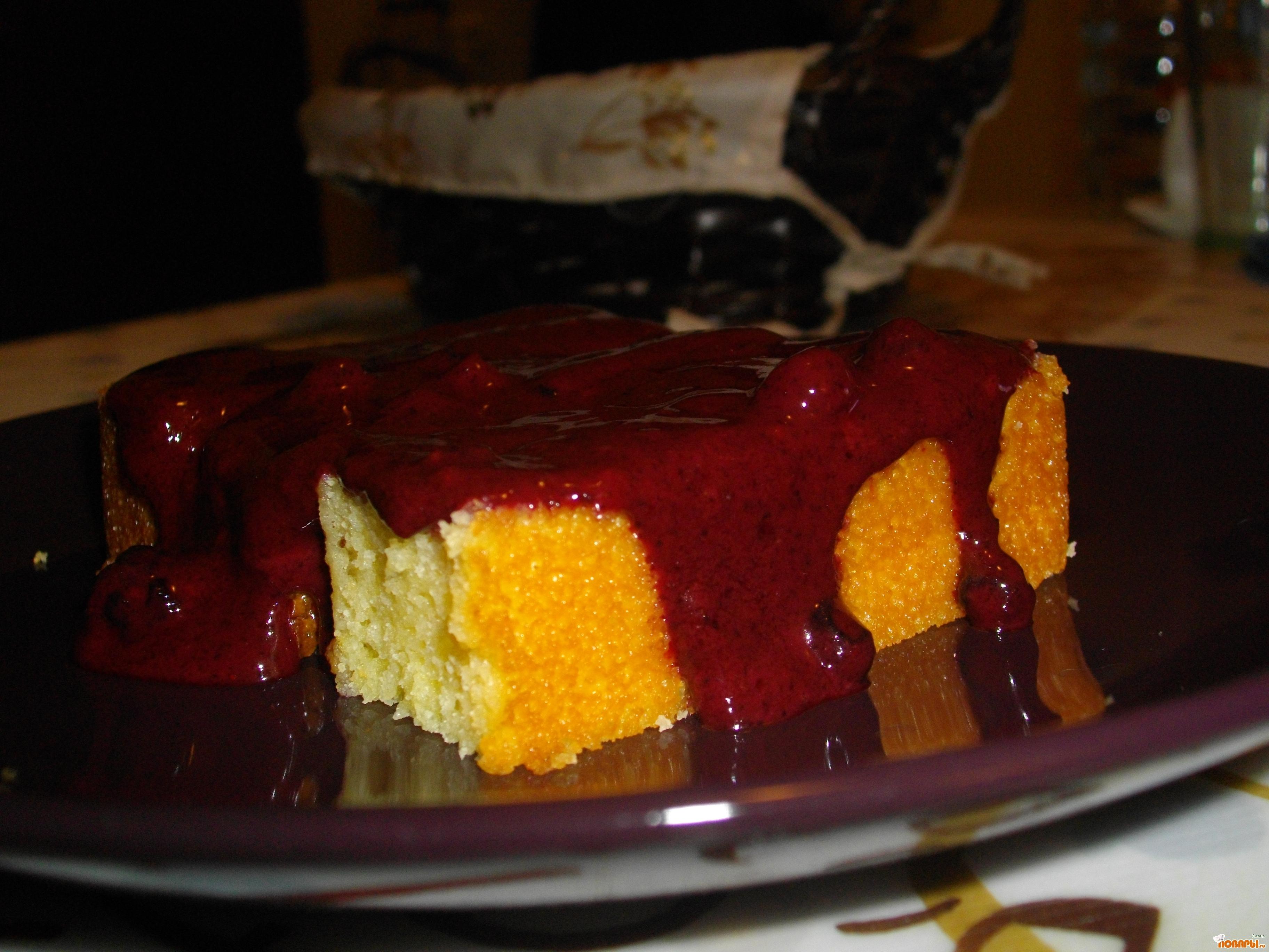 Рецепт Чизкейк манный с ягодным соусом.