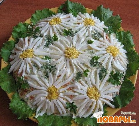 """Рецепт Салат """"Ромашковое поле"""""""