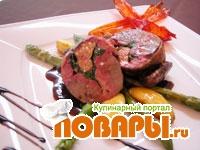 Рецепт Голубь фаршированный фуа-гра, шпинатом с соусом «Pigeon»