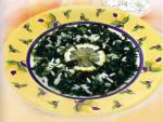 Суп из риса и шпината с лимоном