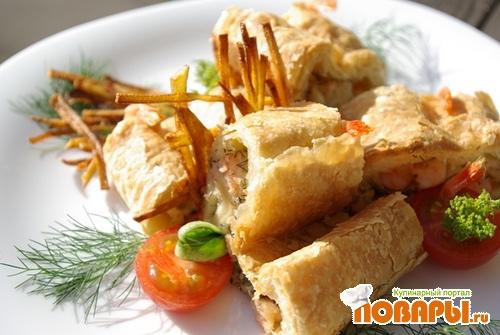 Рецепт Слоёная морская закуска, лосось и креветки.