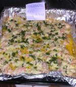 Запеченая рыба с сыром и специями