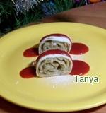 Рецепт Мини-штрудель яблочный с клубничной подливкой