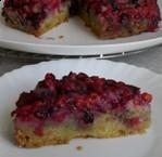 Перевёрнутый пирог с смородиной