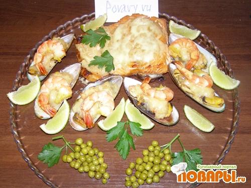Рецепт Морское ассорти с фруктовым соусом