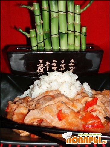 Рецепт Свинина с перцем и помидорами