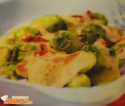 Рецепт Запеканка с брюссельской капустой и беконом