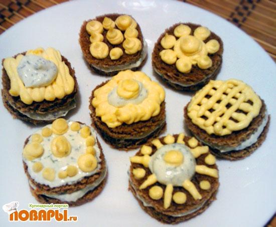 Рецепт Хлебные пирожные с творожным кремом