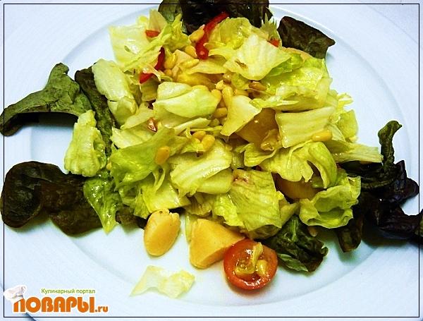 Рецепт Лёгкий салат из морских гребешков