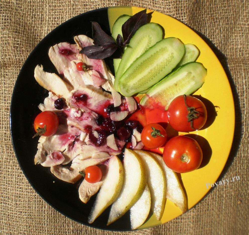 Рецепт Холодный цыпленок с овощами и чатни из садовых ягод