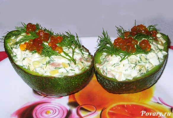 Рецепт Лодочки с малосольной семгой из авокадо