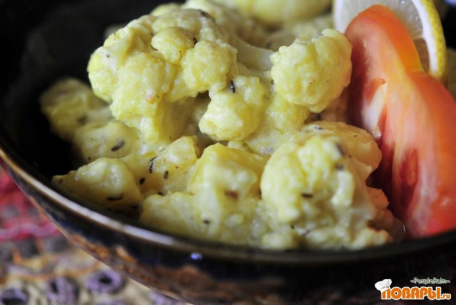 Рецепт Алу пхул гобхи ки бхаджи (Цветная капуста и картофель в йогурте)