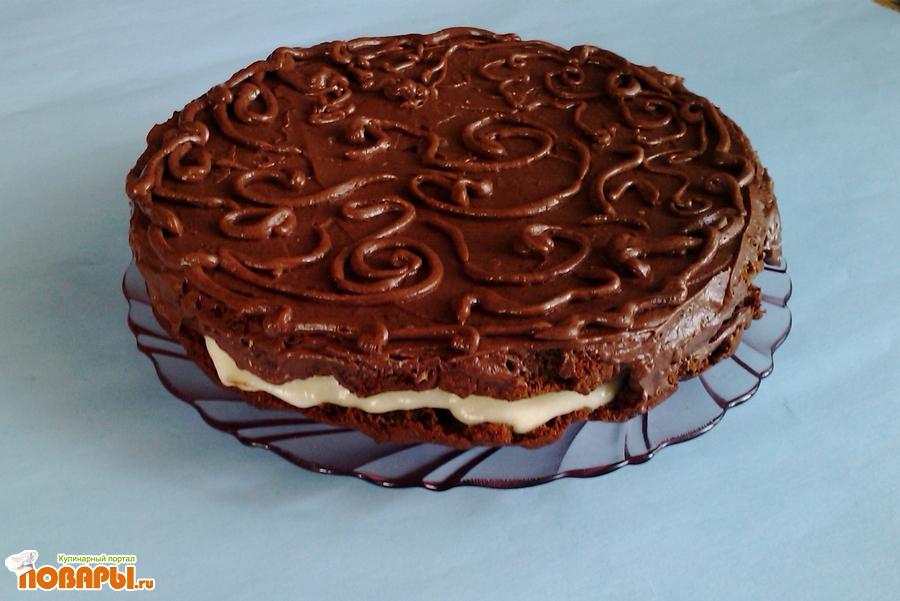 Рецепт Медово-шоколадный торт с шоколадной глазурью