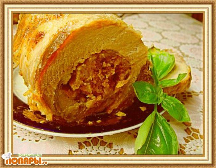 Рецепт Мясной рулет фаршированный яблоками