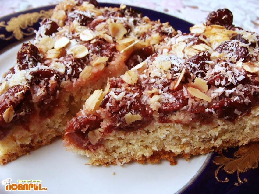 Рецепт Пирог с вишней и овсяными хлопьями