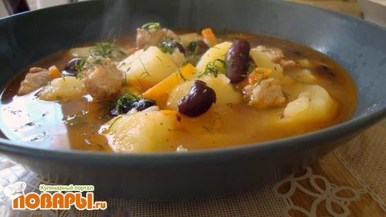 Рецепт Картошка тушеная с мясом и фасолью