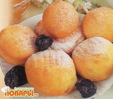 Рецепт Пончики картофельные с черносливом