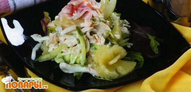 Рецепт Салат с кальмарами и ананасом по-тайски
