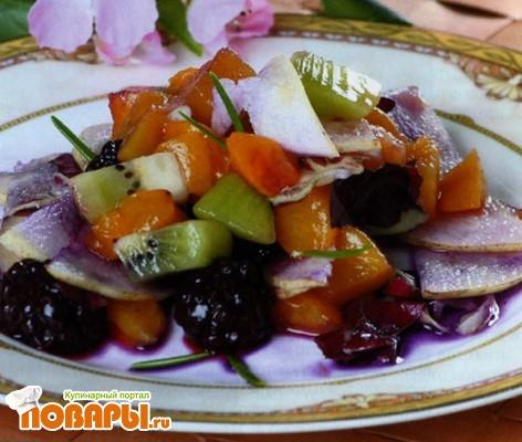 Рецепт Грушевый салат с персиками по-узбекски