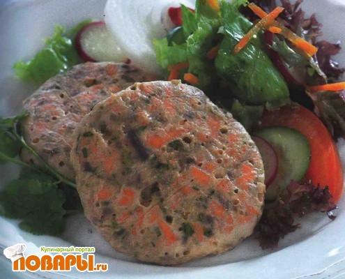 Рецепт Запеченные котлетки из лосося с овощами