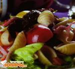 Неаполитанский салат с томатами