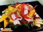 Салат с курицей и манго по-индийски