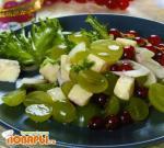 Салат с виноградом и фетой по-гречески