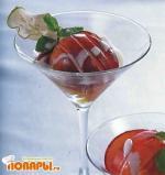 Пряные нектарины с йогуртом