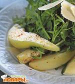 Салат из руколы с грушами