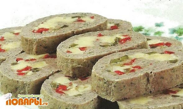Рецепт Мясной рулет с перцем и сыром