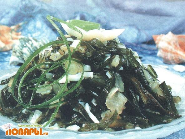 Рецепт Салат из морской капусты с яйцами