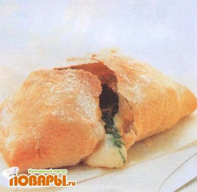 Рецепт Кальцоне с расплавленным сыром и гремолатой