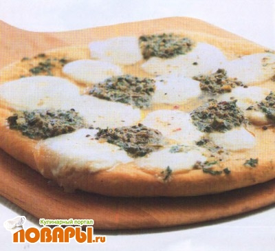 Рецепт Пицца с анчоусным маслом и моццареллой