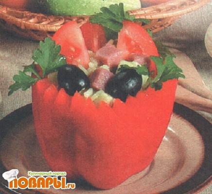 Рецепт Желтый рисовый салат в короне из перца