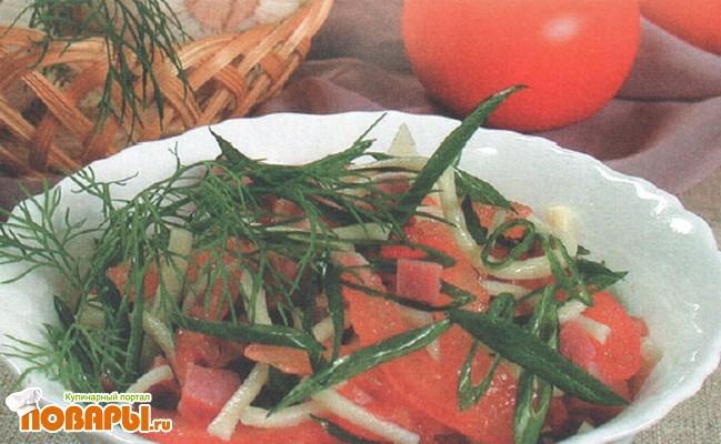 Рецепт Салат из домашней лапши и ветчины