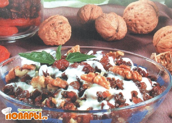 Рецепт Салат из сухофруктов
