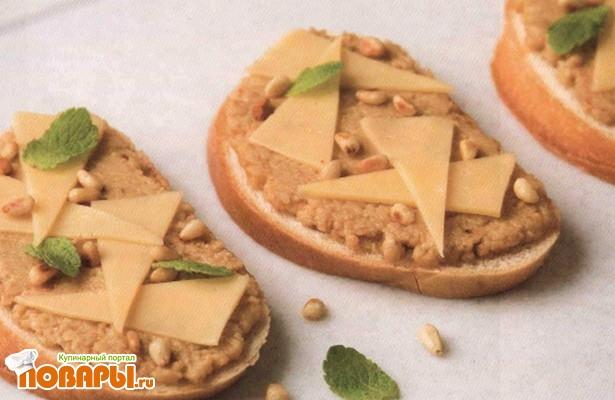 Рецепт Бутерброды с ореховым паштетом