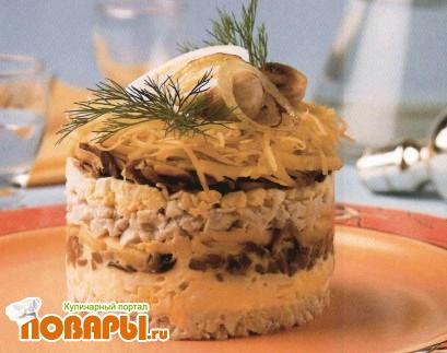 Рецепт Салат-торт с курицей и грибами