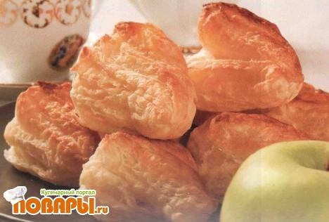 Рецепт Пирожки слоеные с яблоками