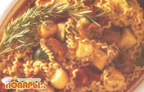 Рецепт Фузилли с курицей и жареными овощами