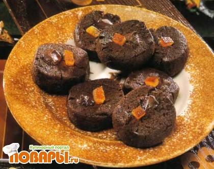 Рецепт Мягкое песочное печенье с глазком из шоколада и апельсиновыми цукатами