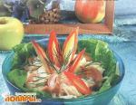 Салат грибной с яблоками