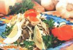 Салат мясной с редькой