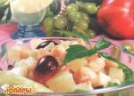 Салат фруктовый со сгущенным молоком
