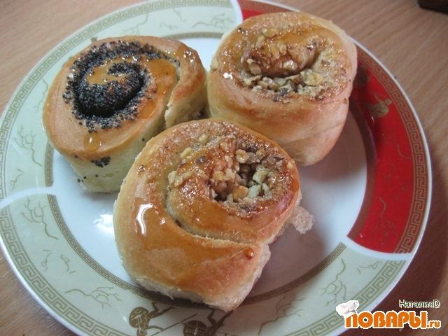 Рецепт Плюшки с орехами и маком