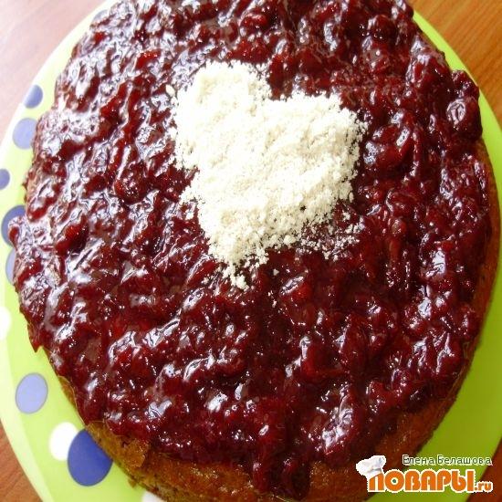 Рецепт Вишневый тортик с джемом из квиттина