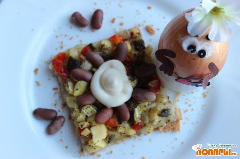 Рецепт Постная пицца с фасолью и постным майонезным соусом